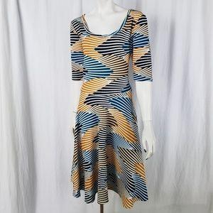 Lularoe Nicole Dress XL Zig Zag Half Sleeve Stripe